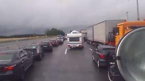 Unfall bei Münchberg: Fehlende Rettungsgasse sorgt erneut für Ärger
