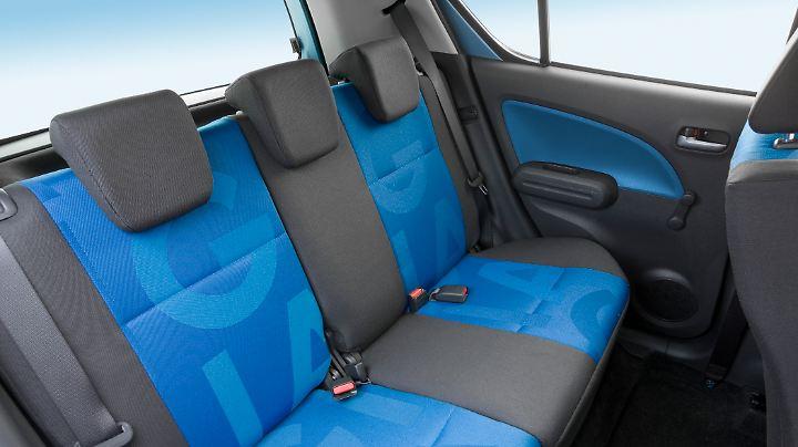 Auf der Rückbank des Opel Agila B finden auch zwei Erwachsene Platz.