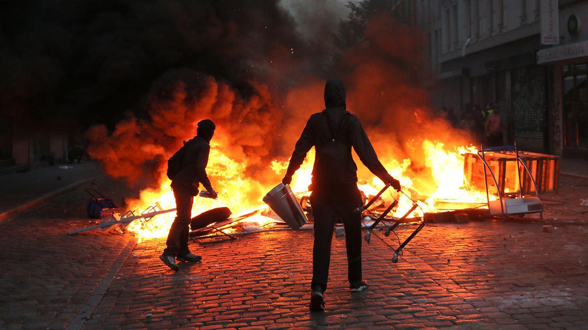 G20 - Polizeichef: Beamte verweigerten zunächst Krawall-Einsatz