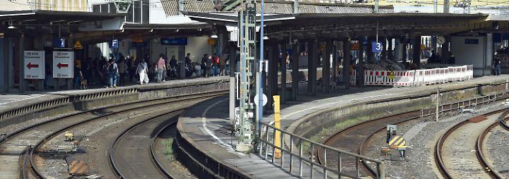 Hier geht die nächsten Wochen nichts: Der Hauptbahnhof Wuppertal