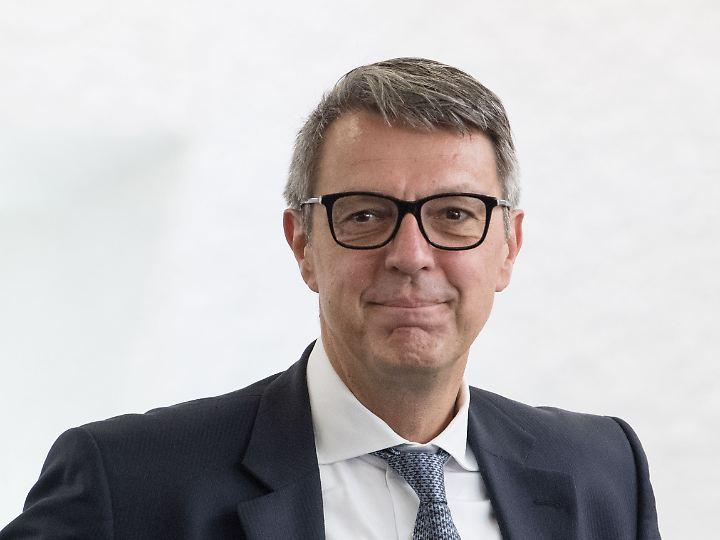Arndt Geiwitz erklärt den Schlecker-Niedergang.