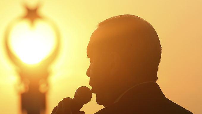 Ein Jahr nach Putschversuch: Europa sucht den richtigen Umgangston mit der Türkei