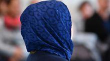 Scharfe Kritik von Juristen: Richter verbietet Frau ihr Kopftuch im Saal