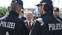 """Polizeieinsatz beim G20-Gipfel: Scholz empört der Begriff """"Polizeigewalt"""""""