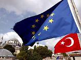 Von der CSU bis zur Linken: Parteien fordern härtere Türkei-Politik