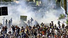 Eskalation in Genua: Polizei gibt Folter bei G8-Demos zu