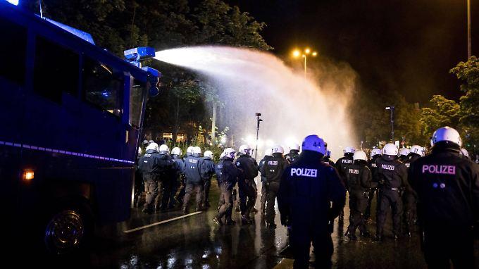 War der Einsatz der Polizei während des G20-Gipfels verhältnismäßig?