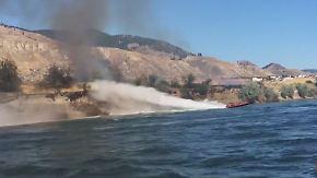 Kaum zu glauben, aber wahr: Speedbootfahrer löscht Brand mit schneidigen Manövern