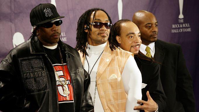 """Bessere Zeiten: Mitglieder der """"Furious Five"""", darunter The Kidd Creole (2.v.r.) bei der Aufnahme in die Rock and Roll Hall of Fame 2007."""