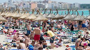 Überbuchung im Urlaubsparadies: Was tun, wenn der Reiseleiter Kunden prellt?