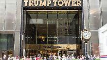 Präsident Trump war seit seiner Amtseinführung nicht mehr im Trump Tower, Demonstranten versammeln sich aber immer wieder vor dem Wolkenkratzer.