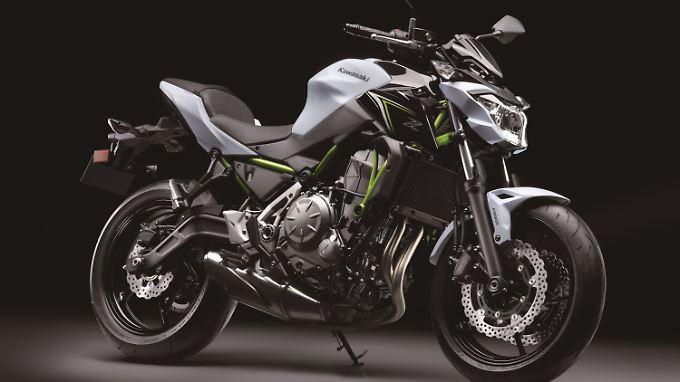 Die Kawasaki Z650 ist leichter und schlanker als die ER-6n.