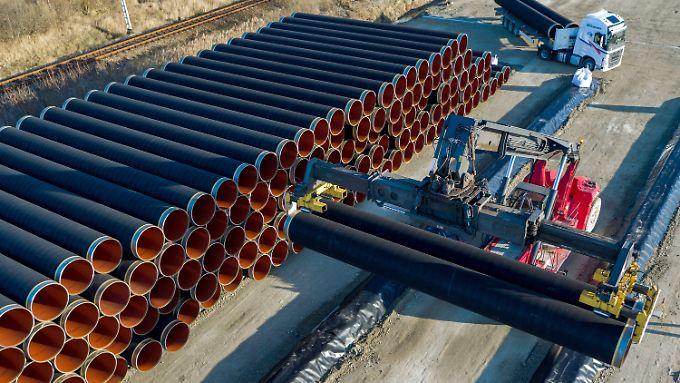 Durch die Ostsee-Pipeline Nord Stream 2 wird Erdgas von Russland nach Deutschland transportiert.