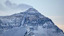 Erfundene Mount-Everest-Tour: Indische Polizei feuert Betrügerpaar