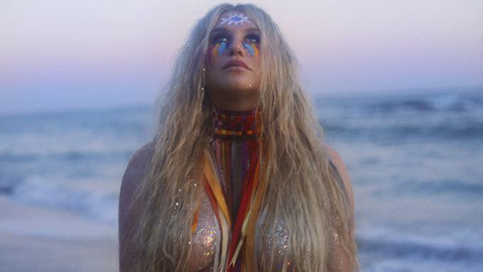 Endlich macht sie wieder mit Musik Schlagzeilen: Kesha.