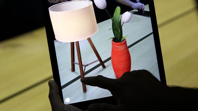 Die App soll zeigen, wie ein neues Möbelstück in den eigenen vier Wänden wirkt.