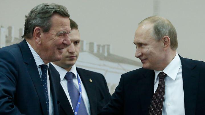 Gerhard Schröder und Wladimir Putin.