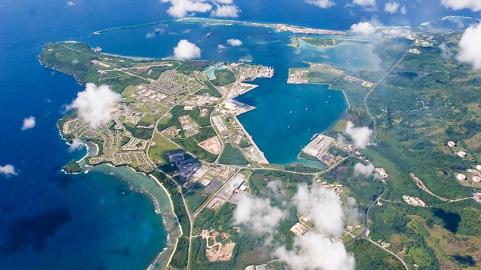 Die Pazifikinsel Guam schwebt in ernster Gefahr: Der nordkoreanische Machthaber Kim Jong Un droht damit, das US-Territorium mit Atomwaffen zu beschießen.