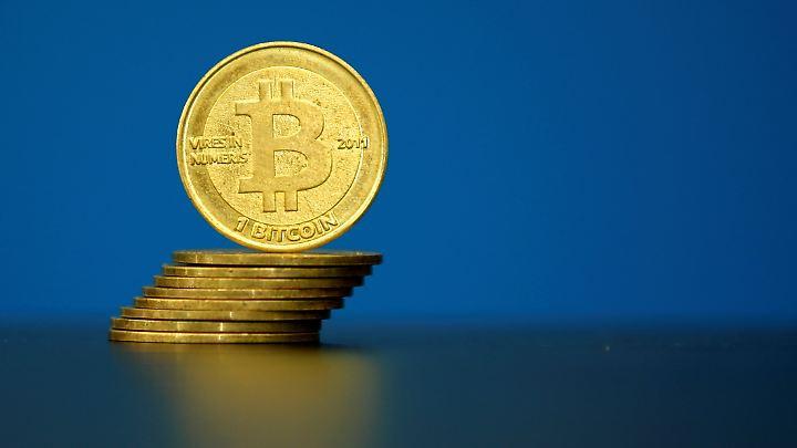Der Bitcoin unterliegt keiner Kontrolle durch Staaten oder Notenbanken. Die Kurse können stark schwanken.