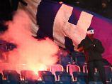 Polizei erhebt schwere Vorwürfe: Geklautes Hertha-Banner sorgt für Eskalation