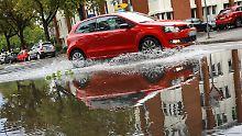 Flieger und Bahnen betroffen: Unwetter sorgt für Verkehrschaos in Frankfurt