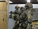 KSK-Soldaten bei der Übung.