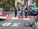 Täter auf der Flucht: Mann in Hessen auf Straße erschossen