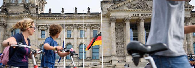 Reaktionen auf Anschläge: Deutschland reift langsam am Terror