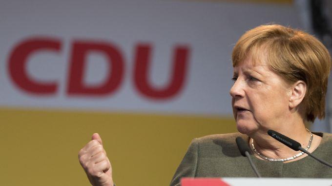 Angela Merkel im Wahlkampf - verwischten dabei die Grenzen zwischen Partei und Kanzleramt?