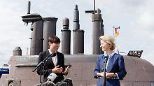 """Truppenbesuch in der U-Bootbasis: Von der Leyen trifft ihren """"Wunschpartner"""""""
