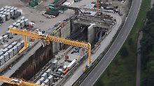 An der falschen Stelle gespart: Kritiker werfen der Bahn Rheintal-Chaos vor