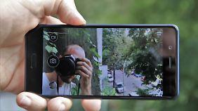 Ein Blick aufs Sucherbild: Das Nokia 8 filmt mit Front- und Rückkamera gleichzeitig.