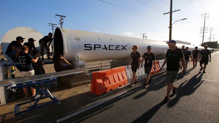 Die Münchner führten den Test in einer 1,25 Kilometer langen Röhre im kalifornischen Hawthorne durch.