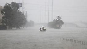 Grenzschützer patroullieren im texanischen Houston.