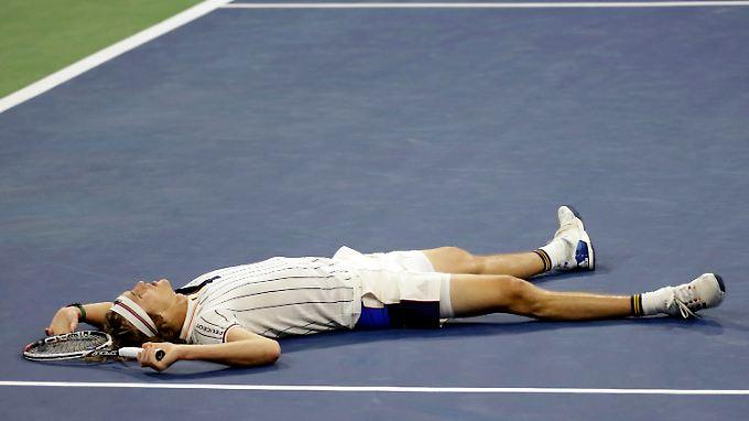 Alexander Zverev setzt seine katastrophale Grand-Slam-Bilanz fort.