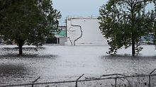 """Nach """"Harvey"""" überflutet: Explosionen in Chemiefabrik in Texas"""