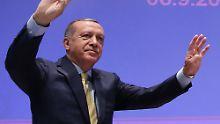 Neue Nazi-Vergleiche aus Ankara: Erdogan will von Merkel Klarheit zur EU