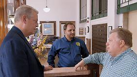 In Texas besucht Gore den konservativen Bürgermeister von Georgetown (r.), der seine Stadt auf erneuerbare Energien umgestellt hat.