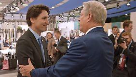 Auf dem Pariser Klimagipfel Ende 2015 trifft Gore den kanadischen Premier Justin Trudeau.