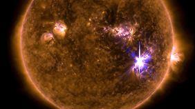 Das Nasa-Bild zeigt einen Sonnensturm in der Mitte der Sonne. Es soll der stärkste seit 12 Jahren sein.