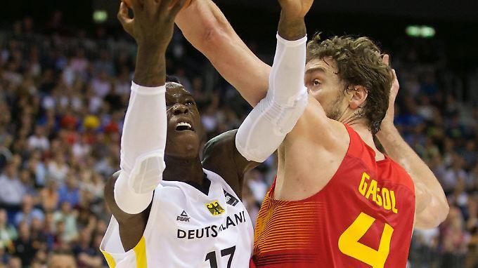 NBA-Stars unter sich: Dennis Schröder und Pau Gasol treffen mit ihren Nationalteams im Viertelfinale der EM aufeinander.