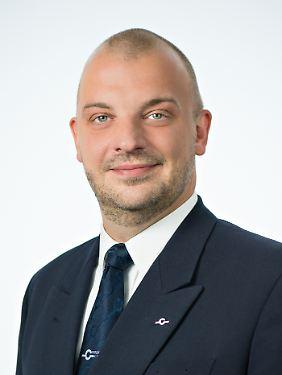 Markus Wahl ist Vorstandsmitglied und Pressesprecher der Pilotengewerkschaft Cockpit.