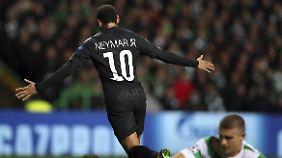 Neymar trifft doppelt für PSG.