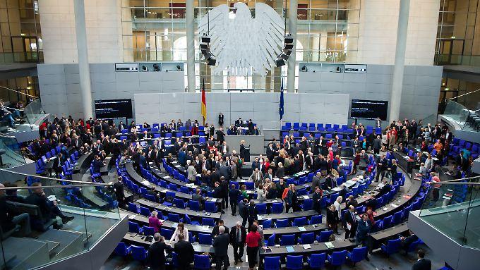 Fünf Jahre statt vier? Bei den Bundestagsfraktionen steht man dieser Idee positiv gegenüber.