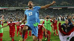 Ein 2:2 gegen den Iran sichert Syrien die Teilnahme an den Play-offs.