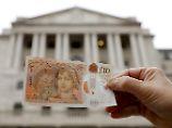 Mit ihrer Entscheidung will die Bank of England das Pfund stützen.