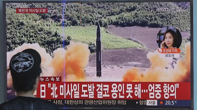 Warnung per Lautsprecher und SMS: Weitere nordkoreanische Rakete fliegt über Japan