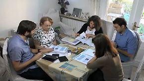 Vokabelpauken für die Zukunft: Syrische Medizinstudenten träumen von Deutschland