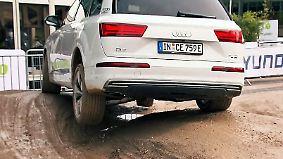 Schlammschlacht auf der IAA: Autos zeigen im Off-Road-Parcours ihr ganzes Leistungsvermögen