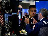 Dow Jones schließt mit Plus: Trump-Drohungen verunsichern Anleger nicht